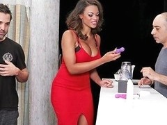 Busty Ebony Babe Halle Hayes Goes To The Bathroom And Sucks A Dick